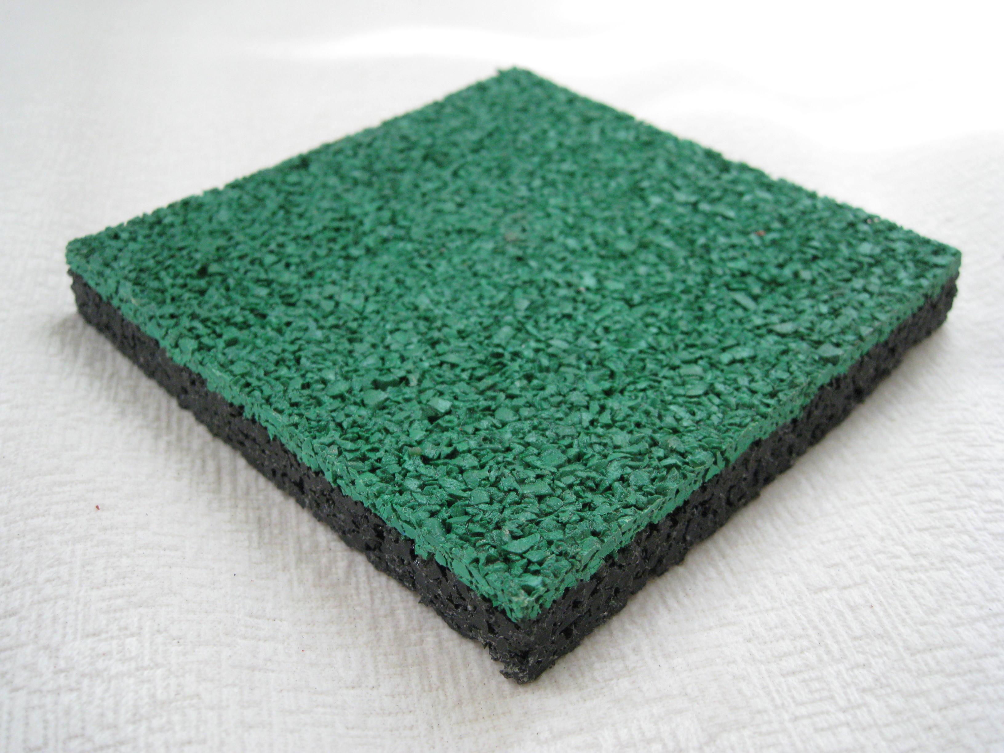 放整齐保持清洁塑胶跑道材料-堆放整齐保持清洁